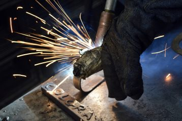 Quali tipologie di guanti anticalore industriali esistono